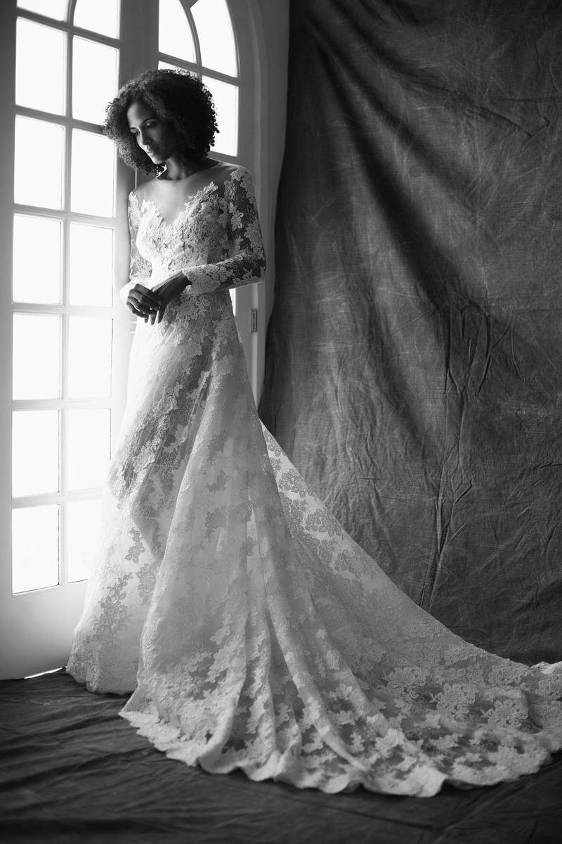Francesa Miranda fall 2019 bridal collection wedding dress Gioia lace embroidered ball gown