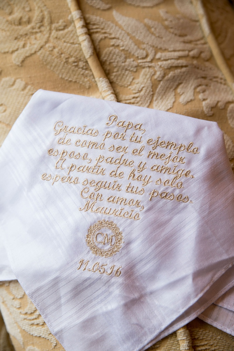 White handkerchief for father of bride embroidery in gold thread monogram and wedding date spanish