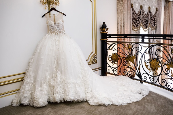 Shannon Perkins Whitehead wedding dress randy fenoli from kleinfeld bridal hanging up legacy castle