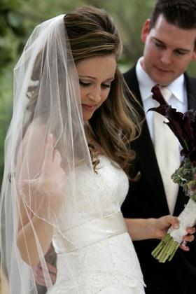 Monique Lhuillier bridal gown and veil