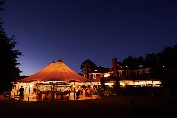 wedding reception at inn in the hamptons september venue