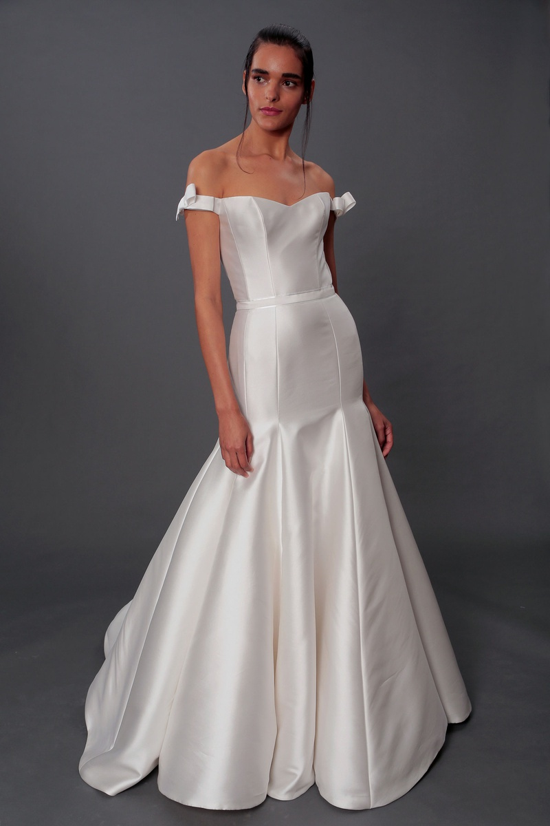 Isabelle Armstrong fall 2019 bridal collection wedding dress Evelyn off-the-shoulder trumpet skirt