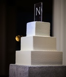 wedding cake with square tiers modern cake topper etching in glass monogram