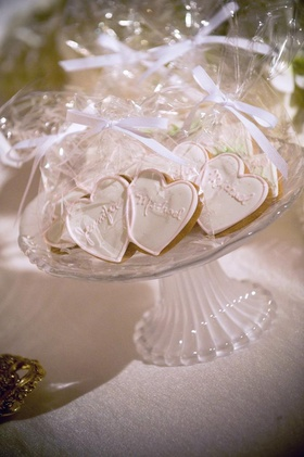 Heart-shaped cookies wrapped in clear bags