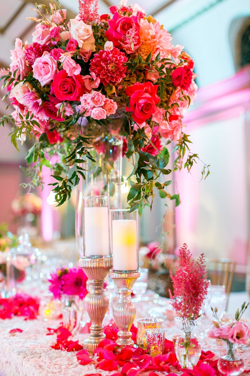 Reception Dcor Photos Hot Pink Rose Dahlia Centerpiece Inside