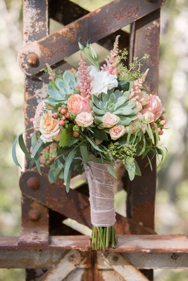 Bride succulent rose greenery berry leaf wedding bouquet rustic elegant theme barn wedding