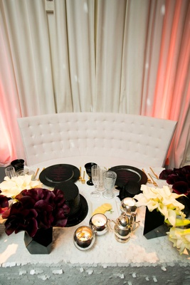 new year's eve themed sweetheart table