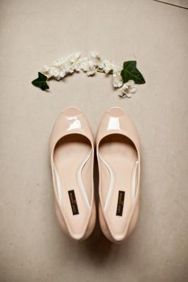 Blush nude peep toe wedding heels shoes with flower