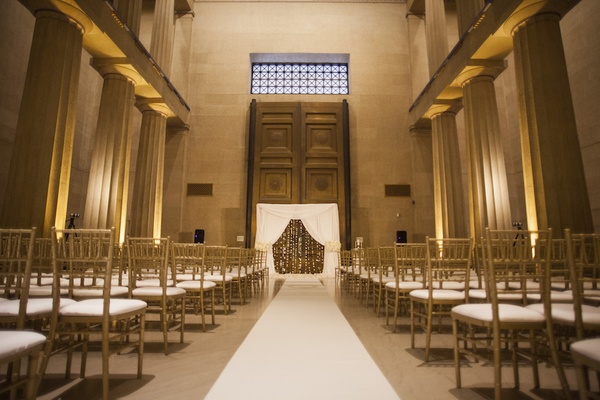 White and gold wedding ceremony at The Parthenon, Nashville