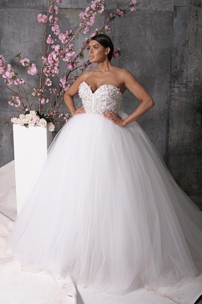 2018 Wedding Dresses High Waisted