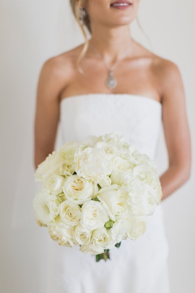 Bridal bouquet with ivory garden roses, classic bridal bouquet, bridal bouquet inspiration