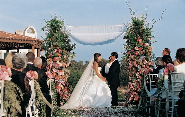 Wedding In Spanish.Spanish Style Outdoor Wedding In Santa Barbara California Inside