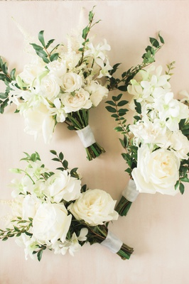 Wedding ceremony white bouquet rose hellebore ranunculus tuberose greenery freshly picked garden