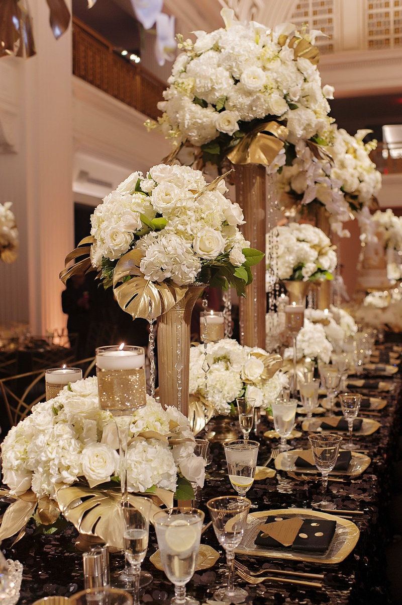 Reception Décor Photos - Centerpieces of Varying Heights - Inside ...