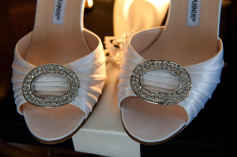 Bride's Manolo Blahnik heels with a sparkling accent