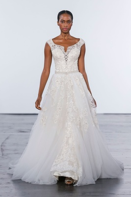 Dennis Basso for Kleinfeld 2018 collection wedding dress detachable skirt gown off shoulder beading