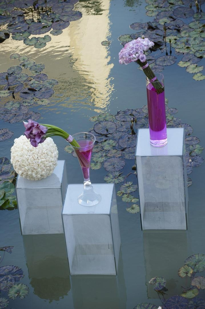 Ceremony Dcor Photos Lily Pad Pond Decorations Inside Weddings
