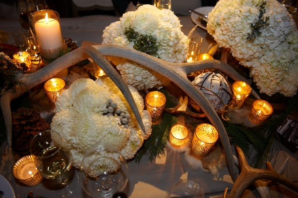 Hunting and ski lodge inspired reception decor