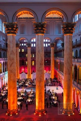 A stunning wedding at D.C.'s National Building Museum