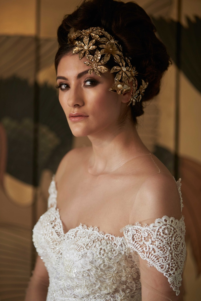 lace white wedding gown sweetheart neckline sleeves gold headpiece