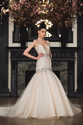 Ines Di Santo Spring 2019 collection sleeveless v-neck trumpet gown