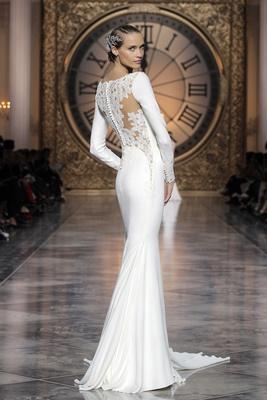 Atelier Pronovias 2016 Vania Wedding Dress