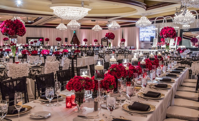 Indian Wedding With Vibrant Colors And Gorgeous Red Roses Inside