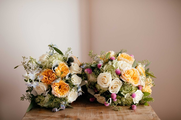 pastel bridal bouquets  for sisters at double wedding