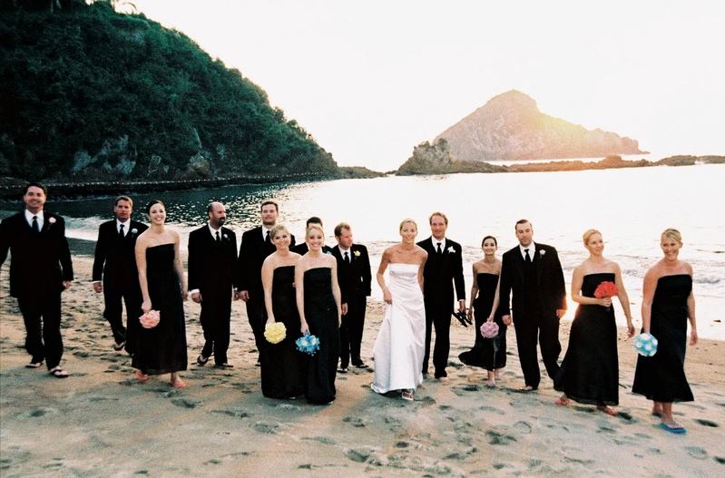 Guests & Family Photos - Wedding Party on Beach - Inside Weddings