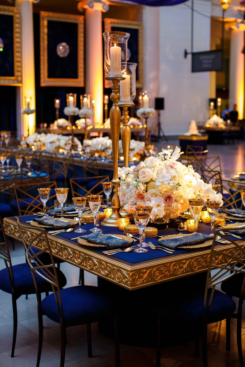 Reception D 233 Cor Photos Blue And Gold Tablescapes With