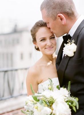 bride in vera wang gown, groom in j. crew, roof of chicago art institute