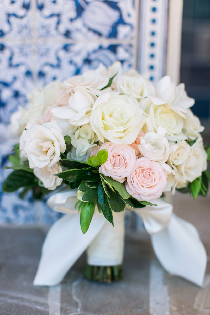 Bouquets Photos - White & Pink Rose Bouquet with Leaves - Inside ...
