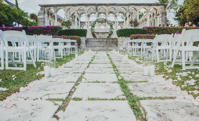 Luxurious Destination Wedding at The Ocean Club in The Bahamas
