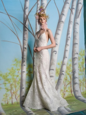 Isabelle Armstrong Spring 2019 collection lace a line gown with beading and scalloping