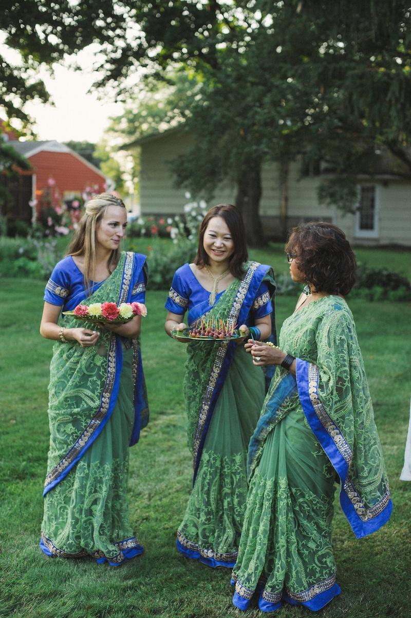 Brides Bridesmaids Photos Bridesmaids In Traditional Bangladeshi