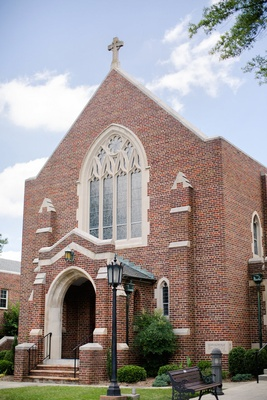 Catholic Church in Virginia for wedding ceremony