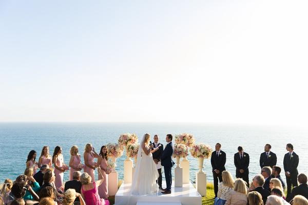 malibu wedding with ocean as backdrop, ocean view wedding ceremony