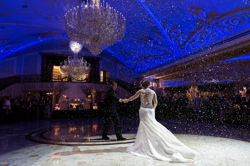 san francisco giants joe panik's wedding, joe and brittany panik first dance, fake snow first dance
