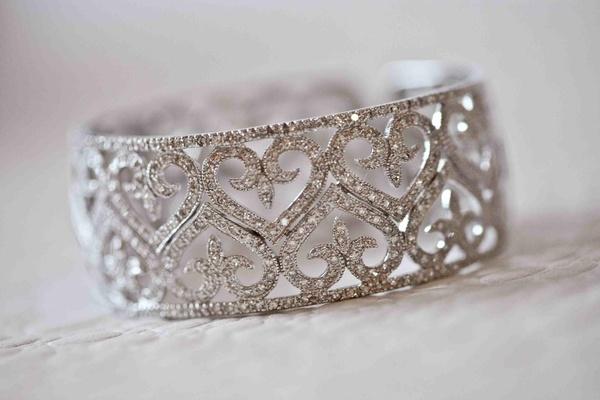 Bracelet with diamond hearts for bridal jewelry