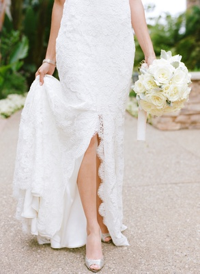 Monique Lhuillier wedding dress with scalloped lace