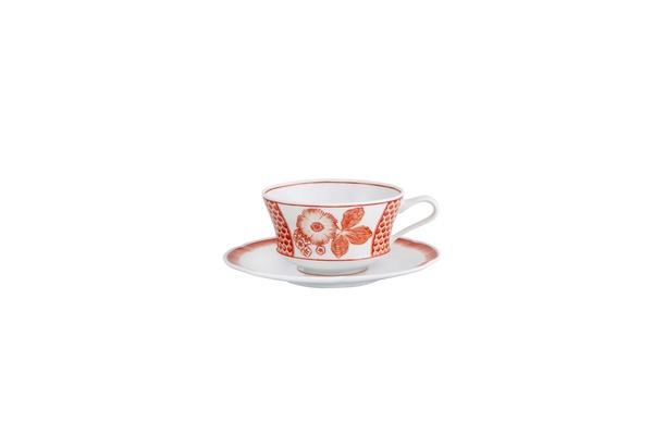 Coralina by Oscar de la Renta for Vista Alegre breakfast cup and saucer