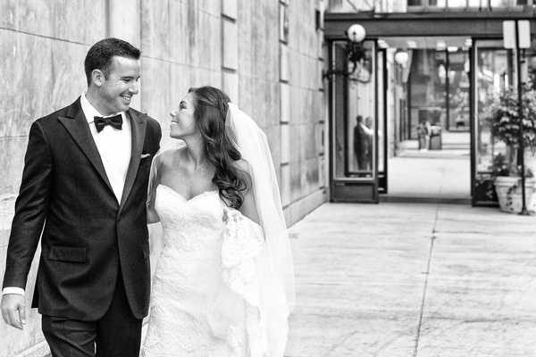 Black and white photo of bride and groom in Chicago