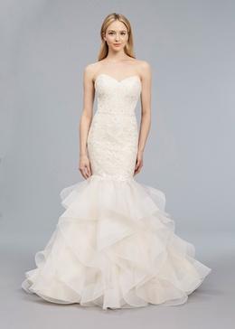 Blue Willow Bride Spring 2018 bridal collection Kitt wedding dress sweetheart neckline mermaid gown