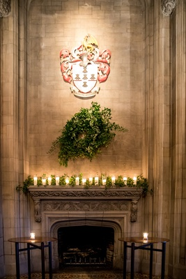 university club of chicago cathedral hall wedding, coat of arms, fireplace, wreath, garland candles