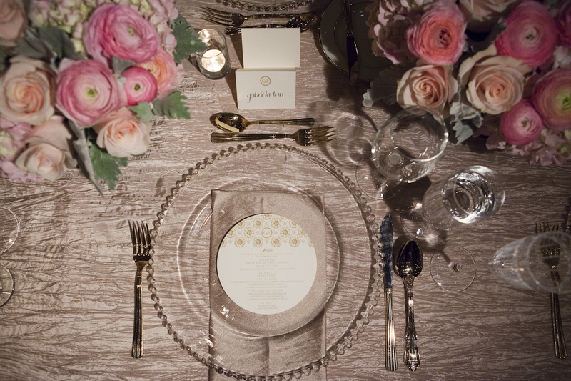 Beaded charger plate and round menu card