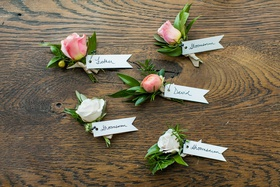 wedding ceremony boutonnieres for fathers groomsmen and the groom