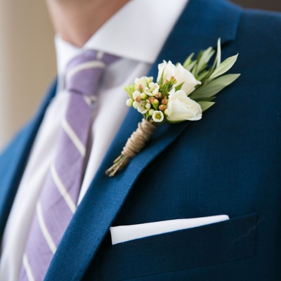 Montreal Canadiens hockey player Brian Flynn delicate white and green boutonniere