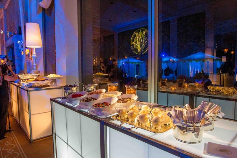 Cakes Desserts Photos Ice Cream Sundae Bar Inside Weddings