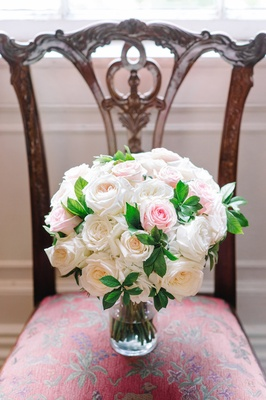 classic bridal bouquet pastel roses southern wedding traditional details flowers feminine pretty