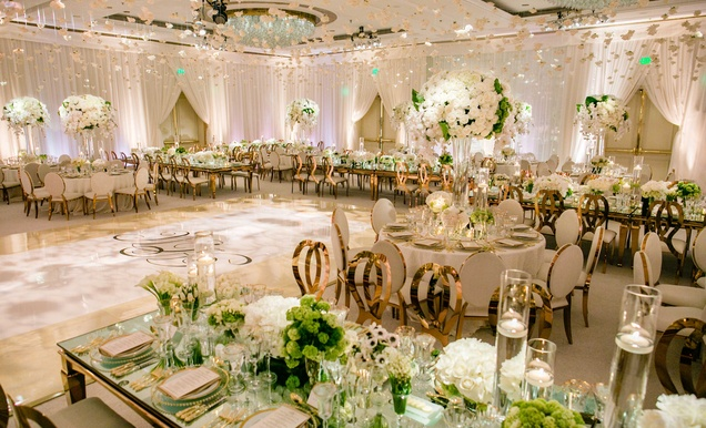 1000 Ideas About Gold Weddings On Pinterest: Romantic Jewish Wedding With Lush Ivory Flowers & Rose